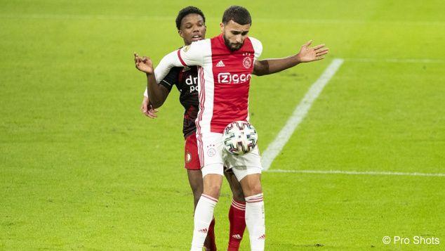 Van Bronckhorst thought Ajax was badly handling the pressure at Feyenoord