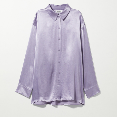 Oversized shirt with a chic sparkle