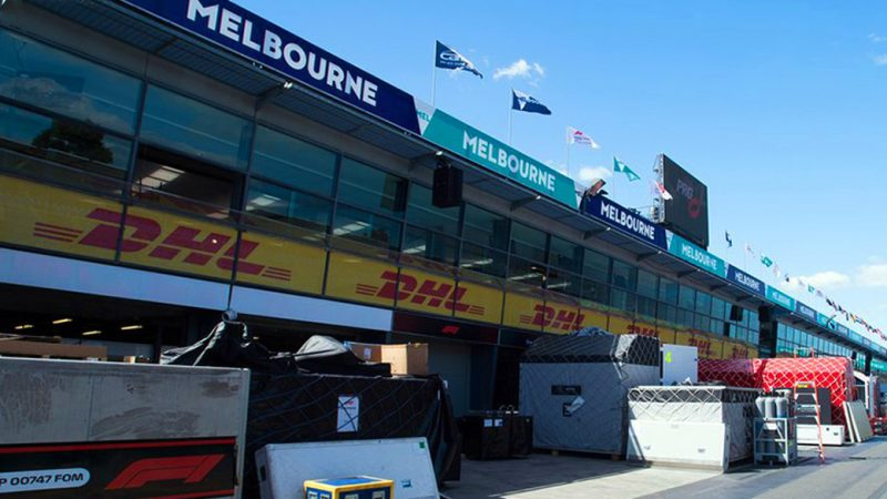 Melbourne Albert Park widens the pit path by two meters