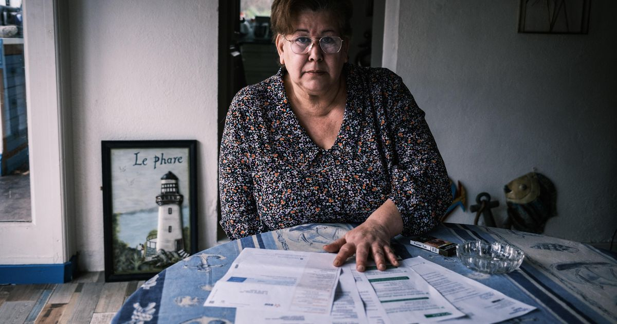 """A 58-year-old woman has been trying for three years to prove that she is not dead: """"I am nothing.""""  abroad"""