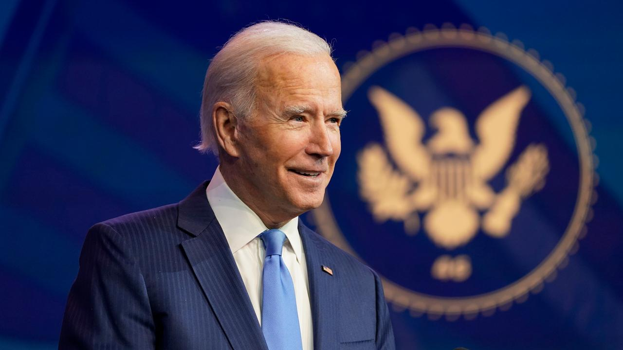 After inauguration, Biden immediately signs decree signing the Climate Agreement  right Now