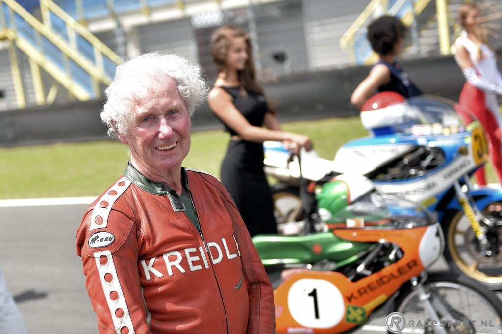 Jan de Vries twice world champion in the 50 cc race (1944-2021)