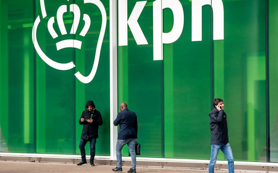 KPN: There are no roaming charges in the UK at this time