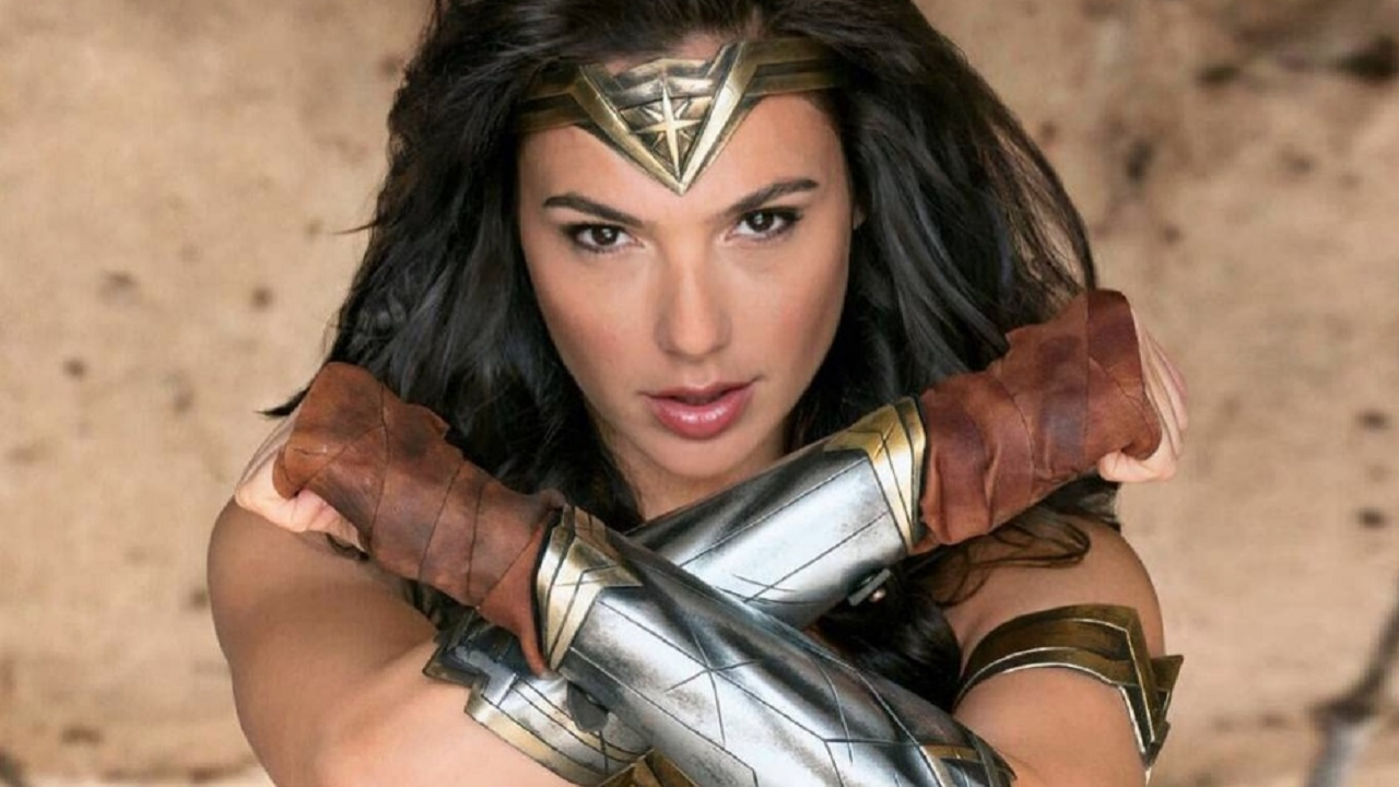 Zach Snyder shares a photo of a ragged Wonder Woman with severed heads