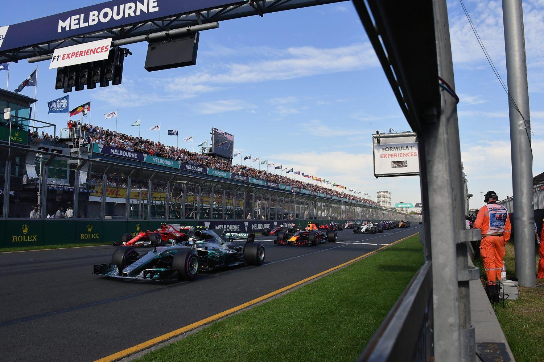 GB Australia uses deferral racing to change lanes around Albert Park