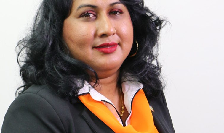 Reshma Mangre Calls For A 300 SAR Incentive For Teachers - Dagblad Suriname