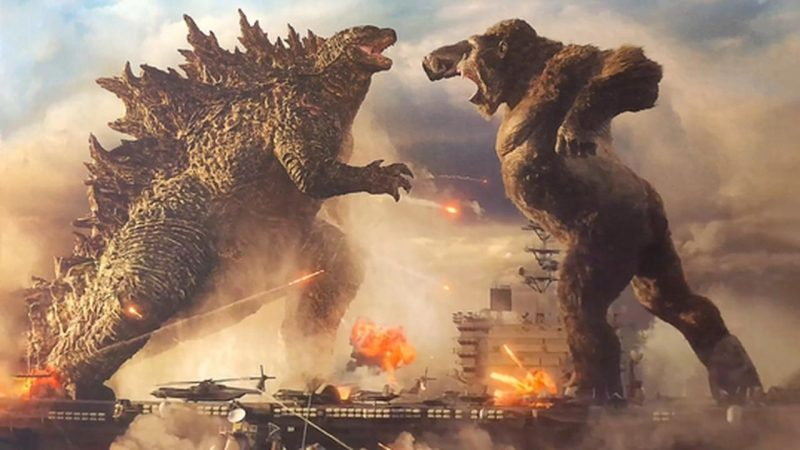 """A brutal """"Godzilla vs. Kong"""" poster showing the water battle in the century"""
