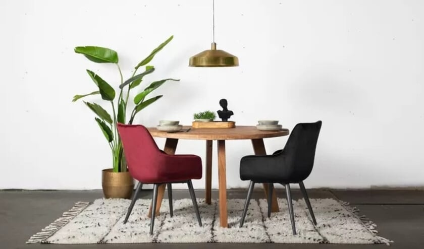 Are you ready for a new dining area?  4 Quick Restyle Tips |  HC News