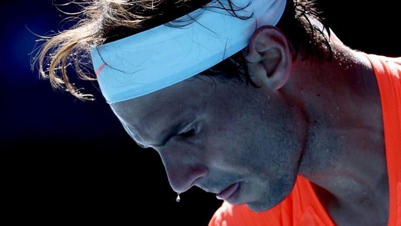 Australian Open: Nadal en Medvedev gaan zonder problemen verder, titelverdedigster Kenin ook in tweede ronde