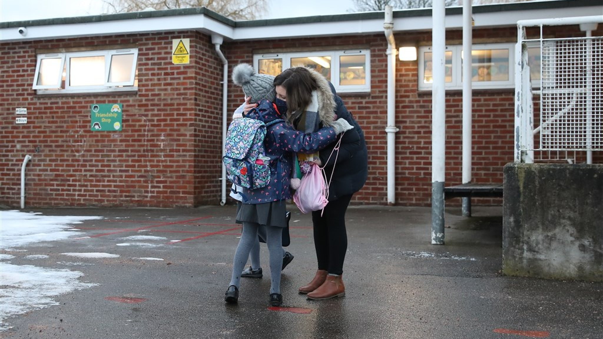 English children continue to attend school despite growing concerns