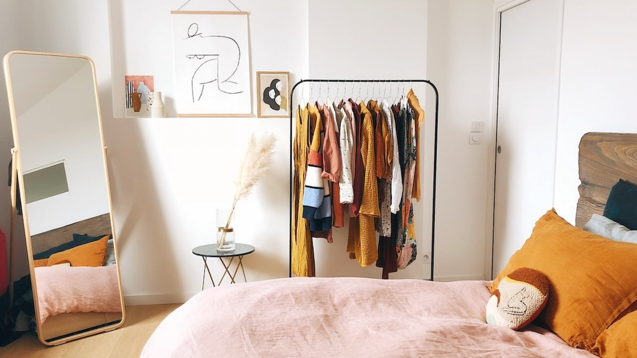 Hang your sweaters in no time and you'll save wardrobe space!