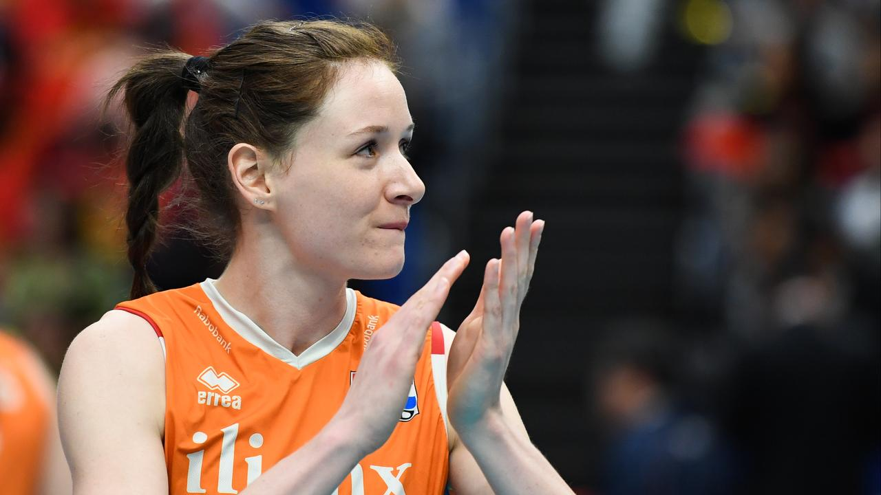 International Orange Slotges (30) finally stops volleyball after a break |  Currently
