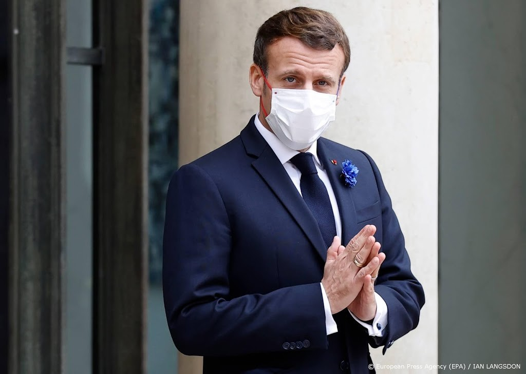 Macron: 'Little friends' with VK is not a concept