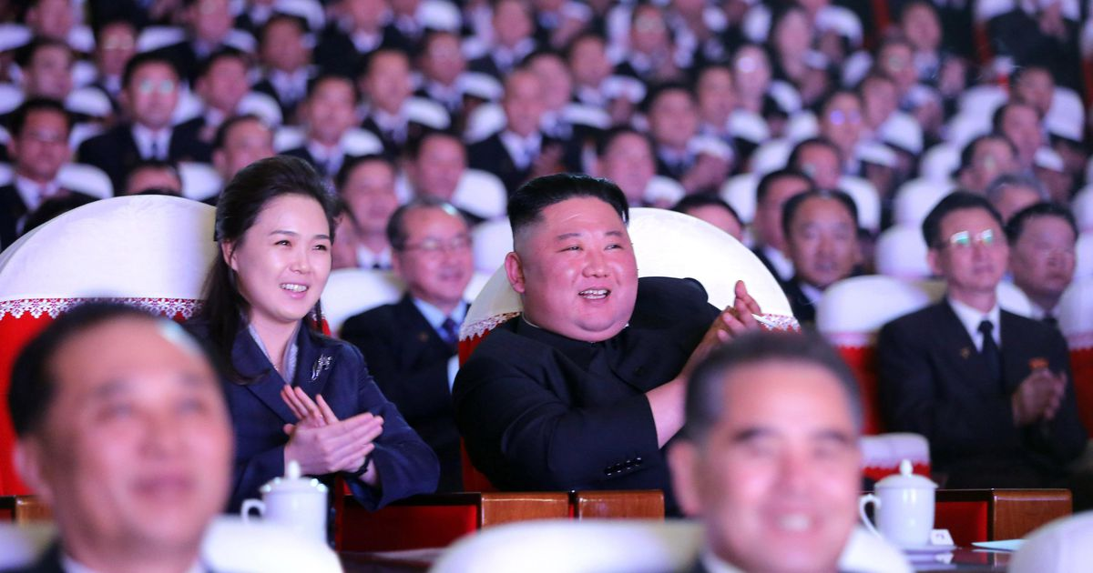 President Kim Jong Un appears with his wife again |  For the first time in more than a year abroad