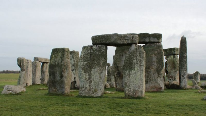 Science: Stonehenge has become a baffle