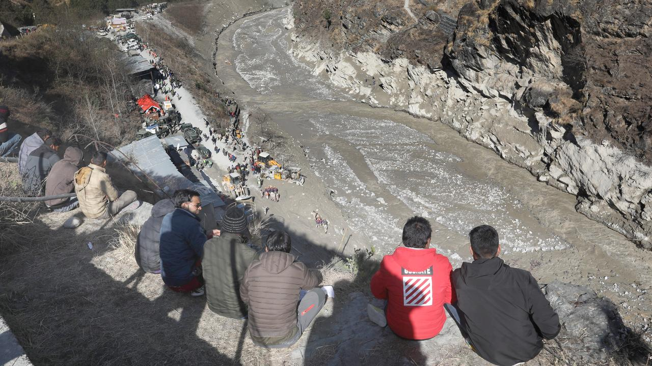 The death toll from glaciers in India rises to 50, and 150 others are missing |  Currently