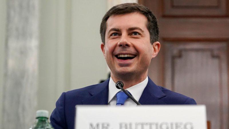 VS-Senaat zet licht op groen voor Pete Buttigieg als eerste openlijk homoseksuele minister