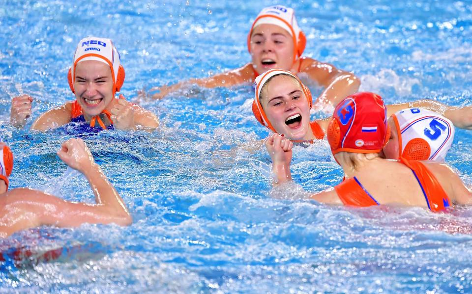 Water polosters avoid the United States in group stage games