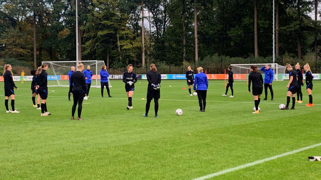 World Cup Final repeat: Orange women train against USA |  1 Limburg