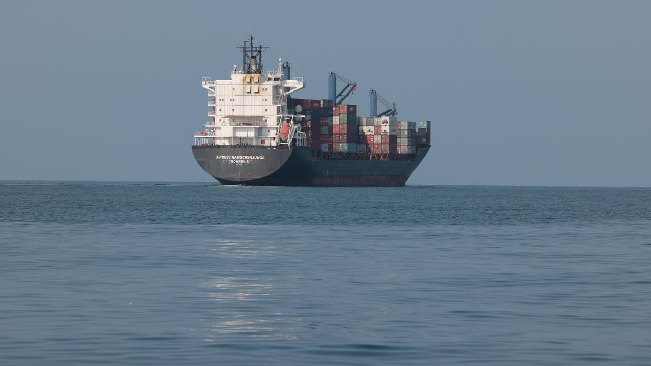 According to the Dutch shipping company, the kidnapped crew members in Benin are fine  Currently