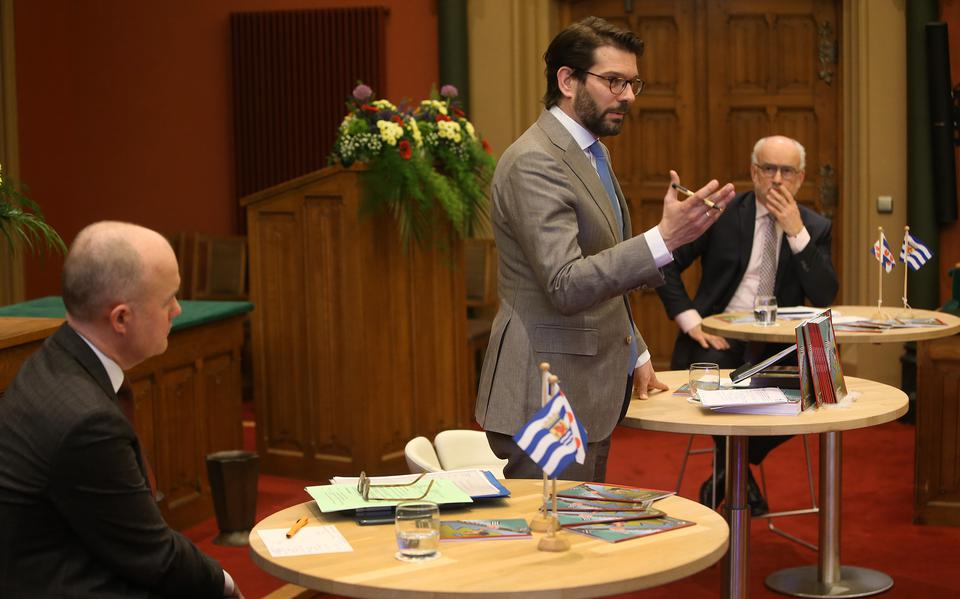 Hague wants Friesland to organize itself further
