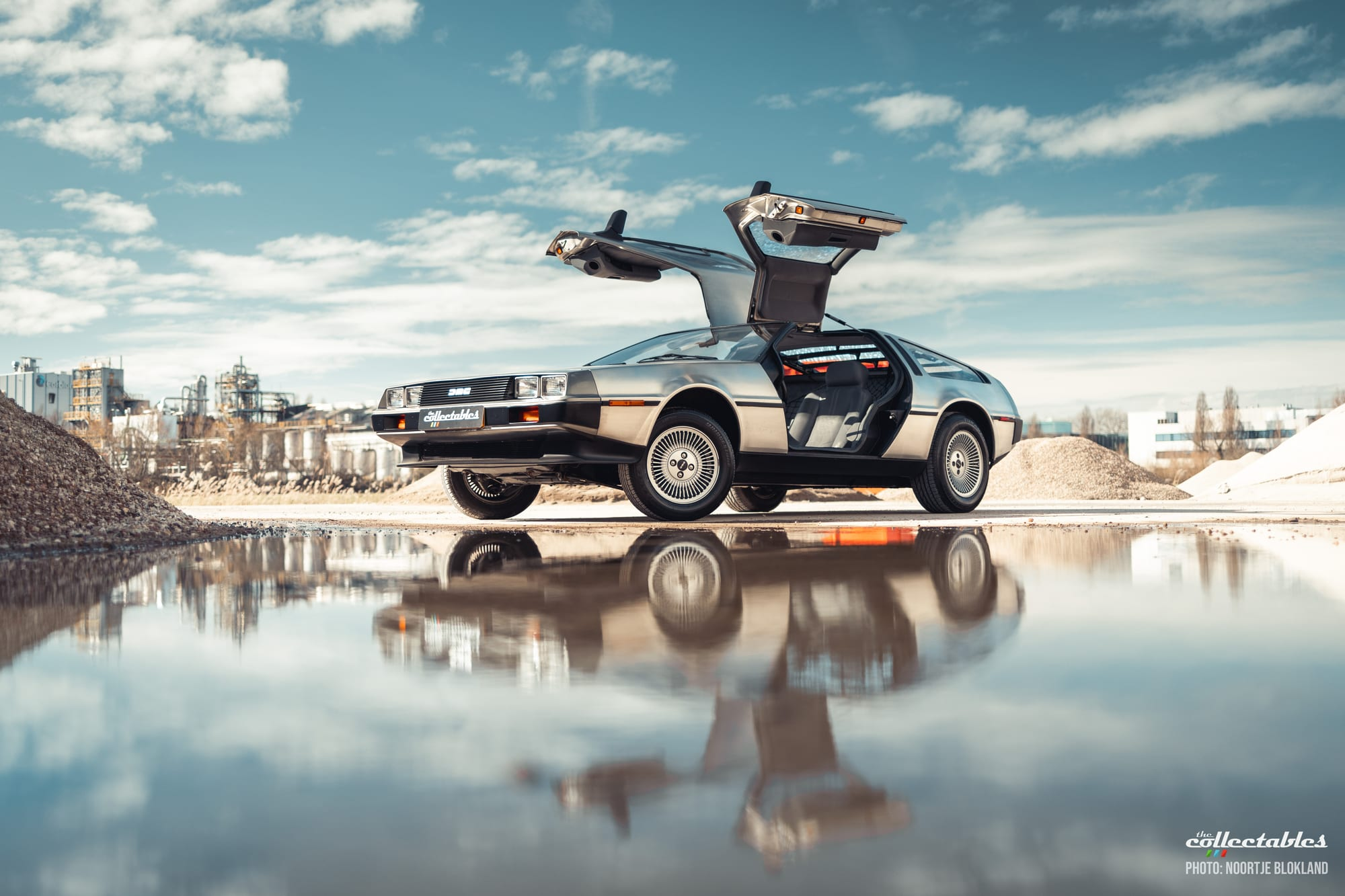 The real DeLorean from Back to the Future will be auctioned!