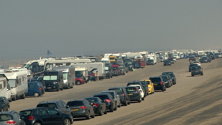 Veere Municipality is introducing toll parking all over the beach