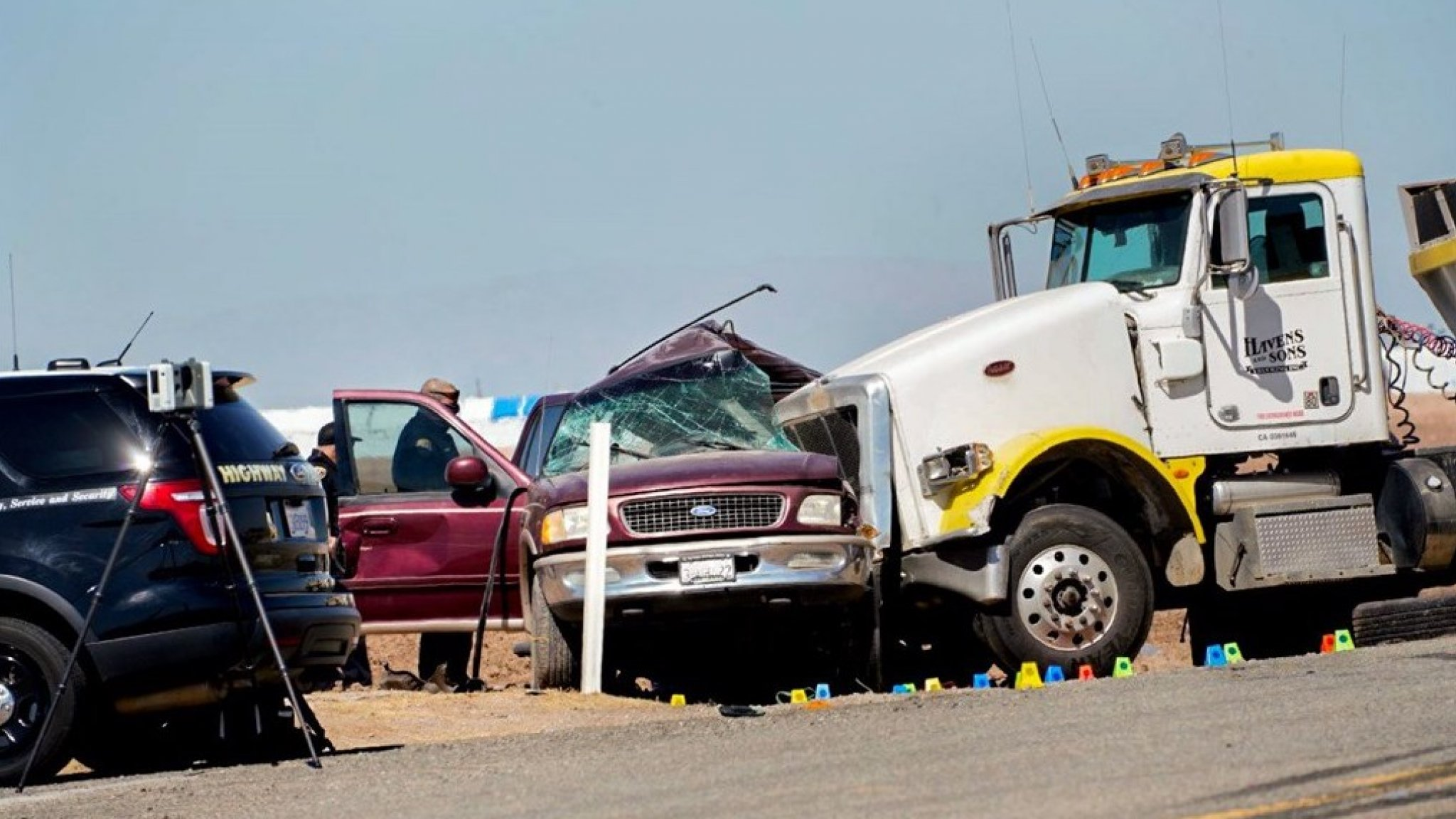 13 of the 25 passengers in one car died in a US road accident