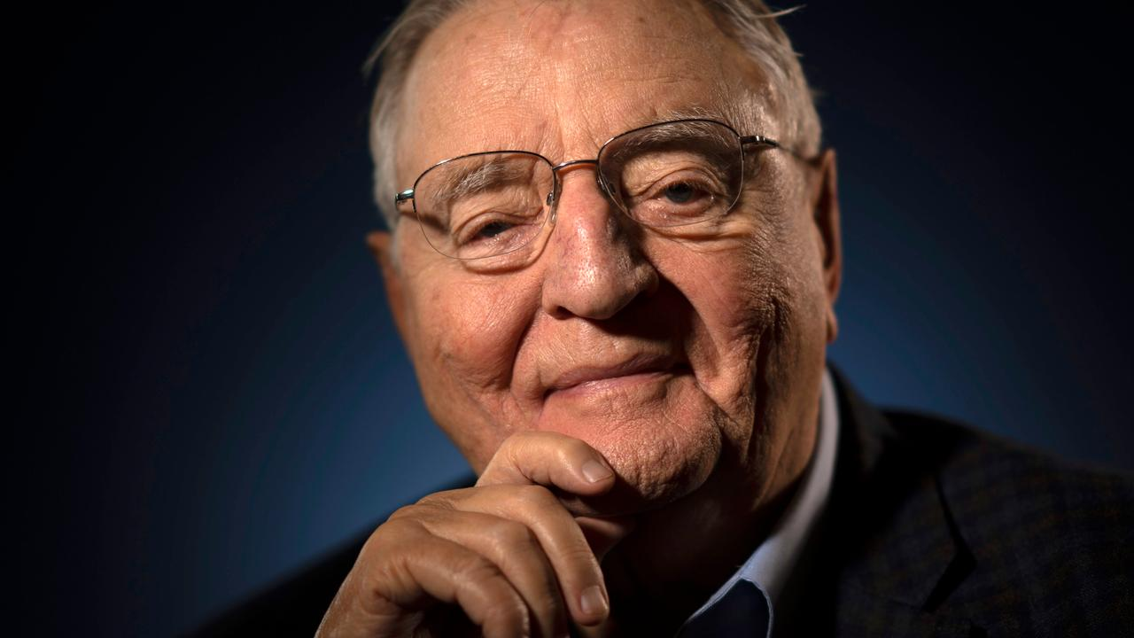 Former US Vice President Walter Mondale dies at the age of 93 |  right Now