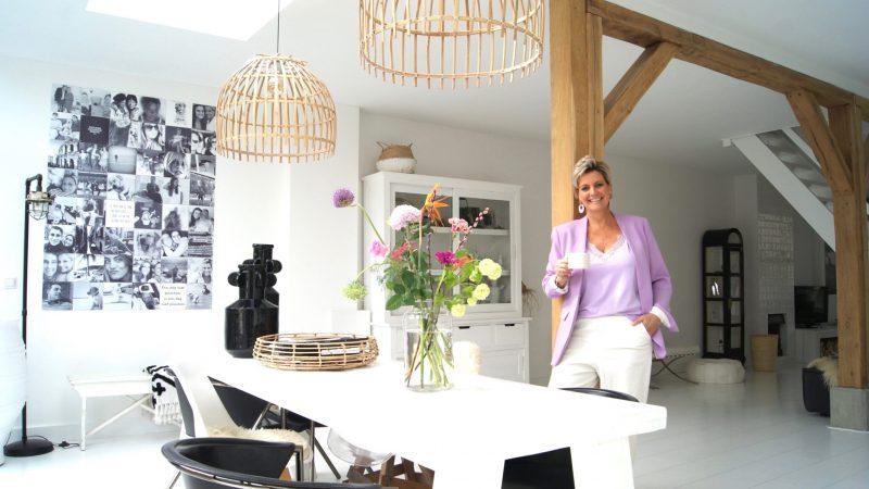 Look inside!  Linda lives in a quaint 1930s home in Oud-Beijerland