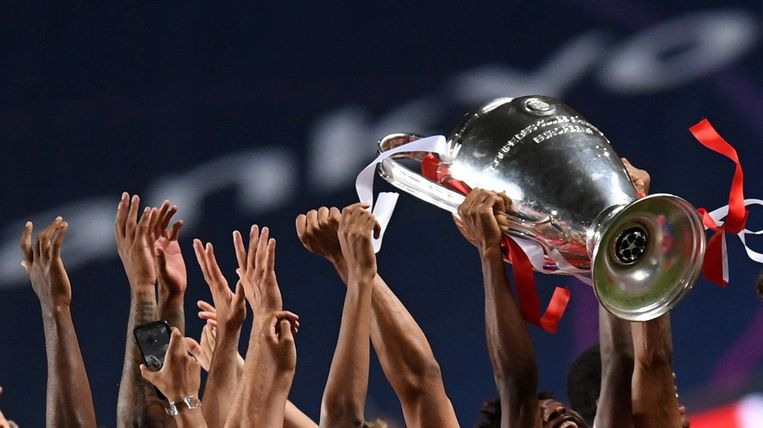 The Champions League has been modified: 4 additional clubs space and pool system have disappeared