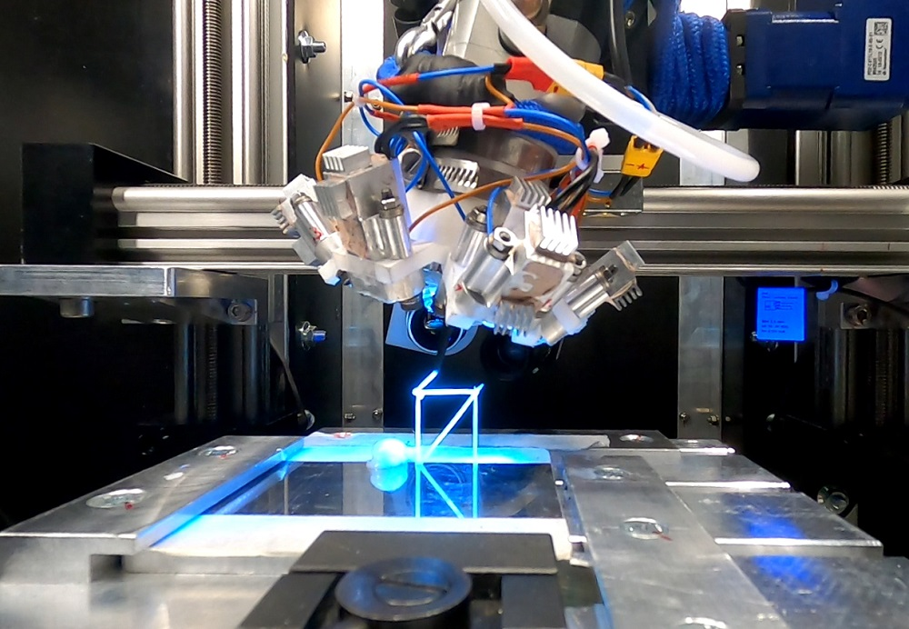 3D printing parts in space thanks to igus linear axes (video) • AT drive technology