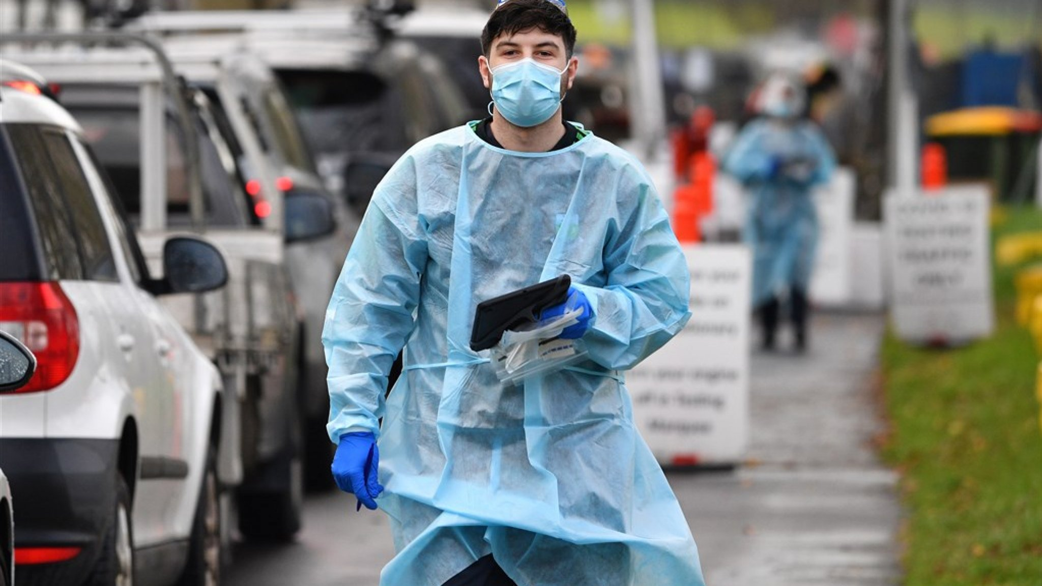 26 infections and the Australian government will be locked up for a week