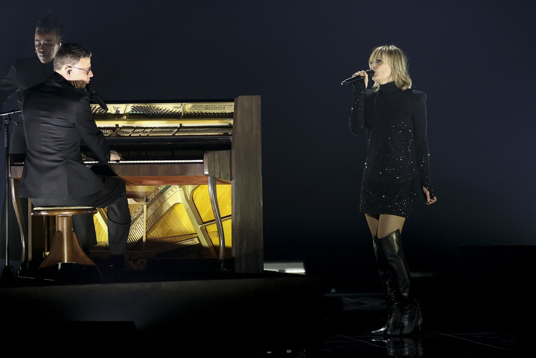Hooverphonic takes ungrateful spot in Eurovision final …