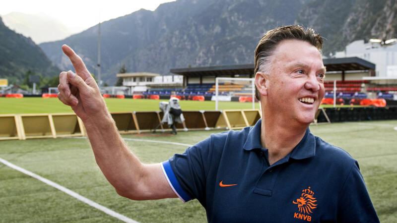 Orange vs Dwarf Countries: 94 goals in his favor, 0 goals against