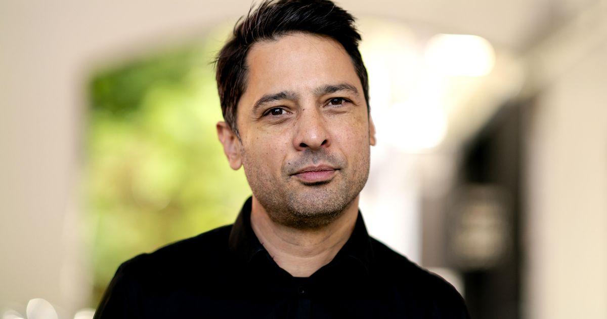 Sander Van de Bafert: Jokes about prostitute Bilal Waheeb should be allowed    stars