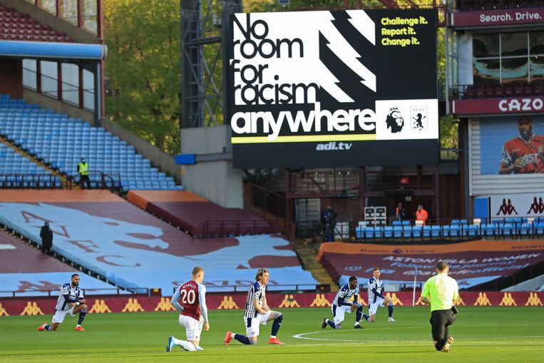 Social media in British football is silent in protest against racism. Will the Netherlands follow suit?