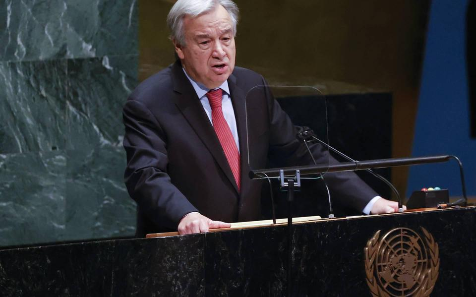 The United Nations chief executive wants to end investments in coal-fired power plants