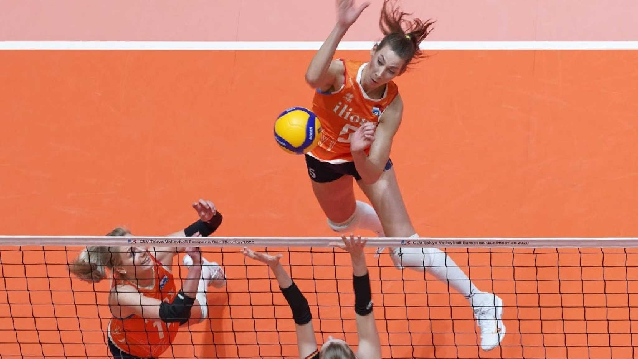 Volleyball player De Cruyff is not in the national team this summer