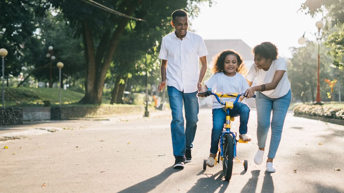 Caring for work and family during 'Father's Week' in Suriname
