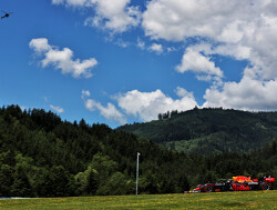 "<b></noscript> F1 Styria GP Live Qualifiers: </ b> Can Max Verstappen beat Lewis Hamilton in Austria?"" title=""<b>  F1 Styria GP Live Qualifiers: </ b> Can Max Verstappen beat Lewis Hamilton in Austria?""/>                                                     </div> <div class="