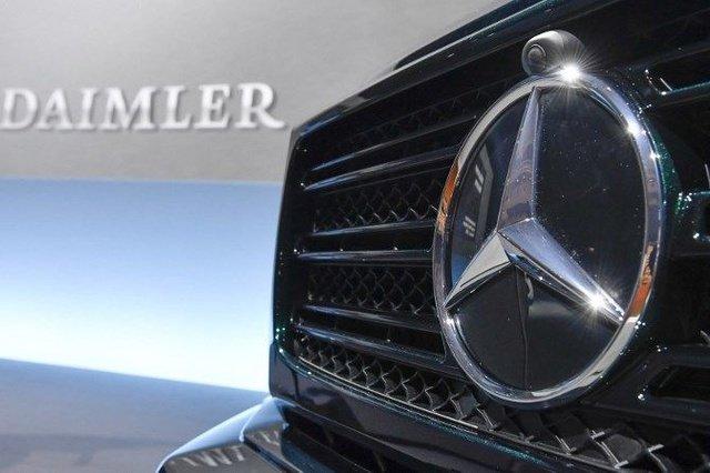 Daimler cuts the dealer network