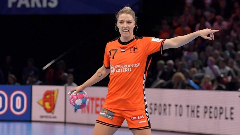 Fear of a shoulder injury with the return of the handball player Groot