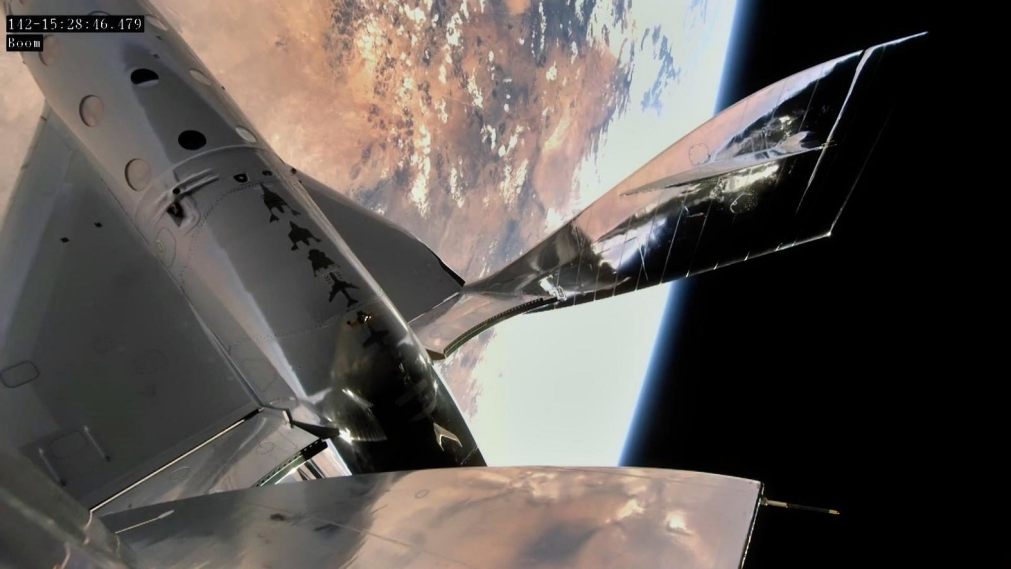 Virgin Galactic allowed to take tourists into space