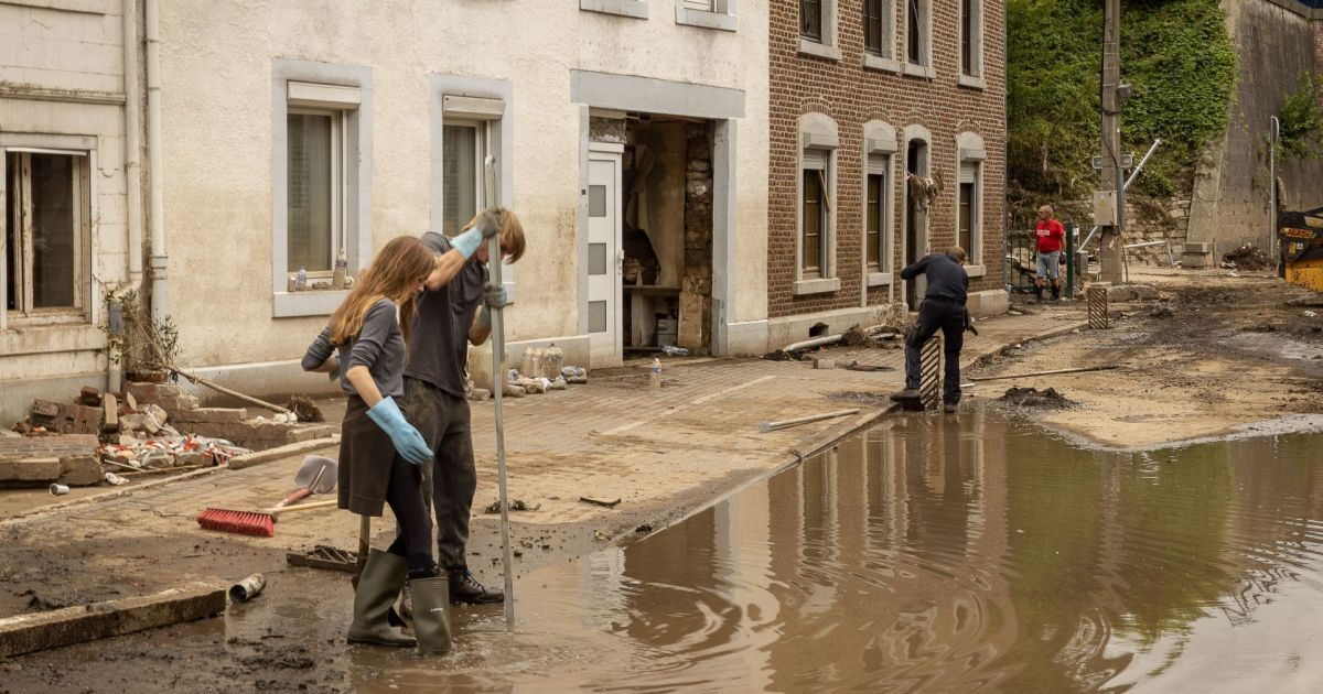 """After the Flood: """"We must also make room for water in the cities again"""""""