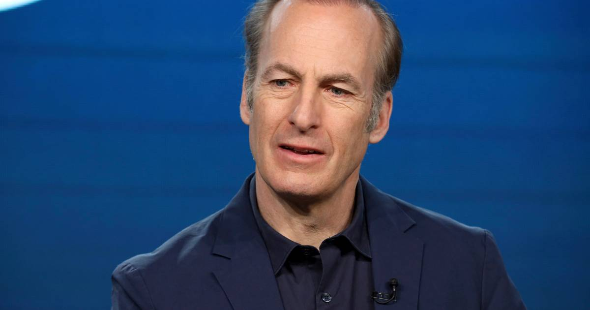 Breaking Bad actor Bob Odenkirk via Twitter: 'Has a little heart attack, but will be back soon' |  show