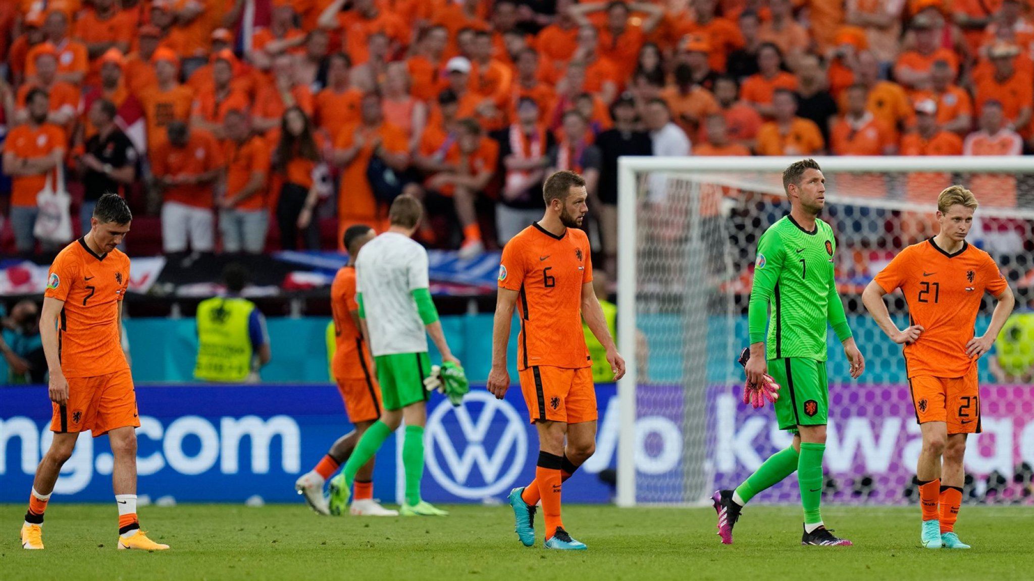 Louis van Gaal on the Dutch national team: 'A handful of glorified stars'