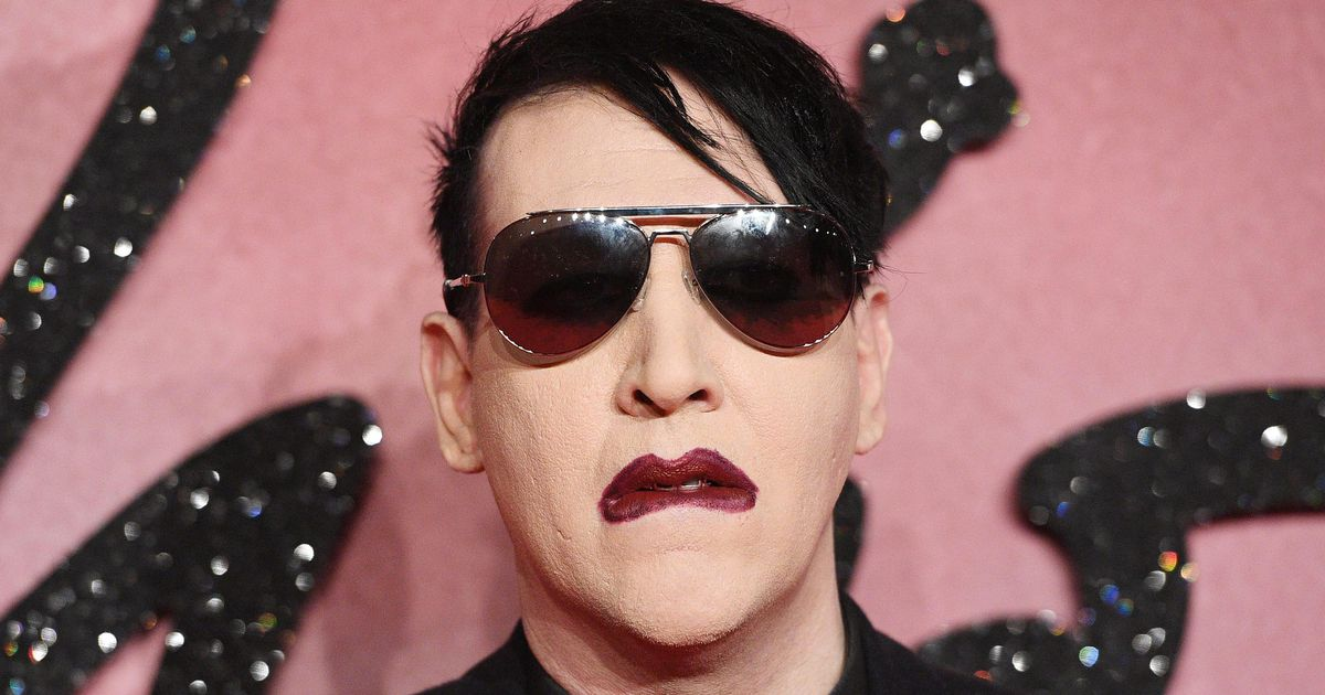 Marilyn Manson surrenders to police for spitting |  gossip