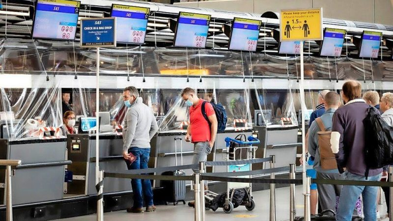 Six fines (worth 339 euros) were distributed to travelers in ...