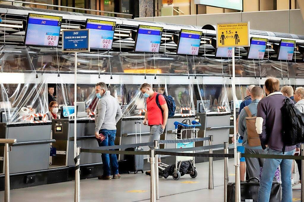 Six fines (worth 339 euros) were distributed to travelers in …